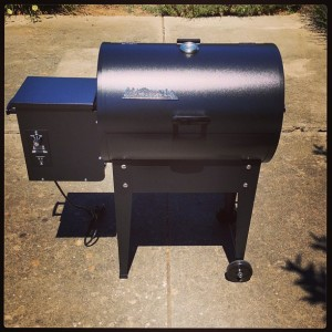 Traeger Junior wood pellet grill smoker